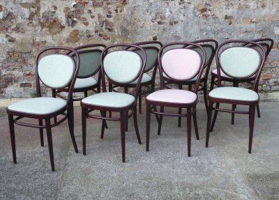 Project Tilke - Nieuw gestoffeerde Thonet stoelen